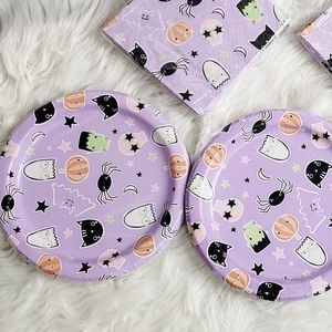 Kawaii Halloween Party Plate and Napkin Set Purple